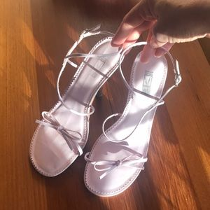 Women's Andrew Steve's Studio heels